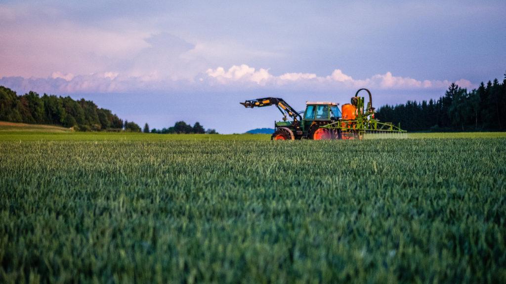 mas-presupuesto-para-ayudas-que-promueven-el-uso-de-maquinaria-agricola-en-comun-1920