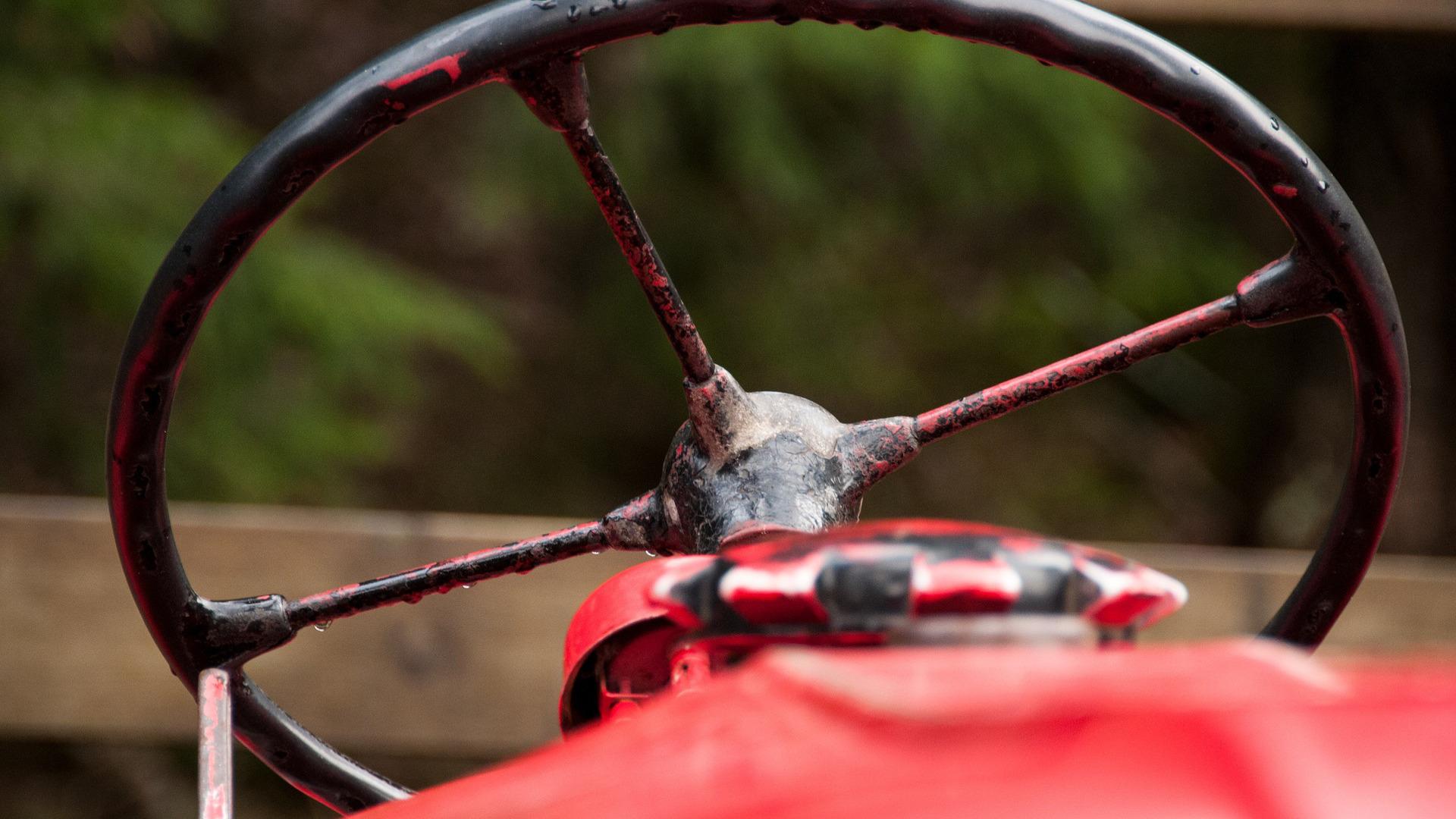 el-mayor-riesgo-de-los-tractores-antiguos-1920