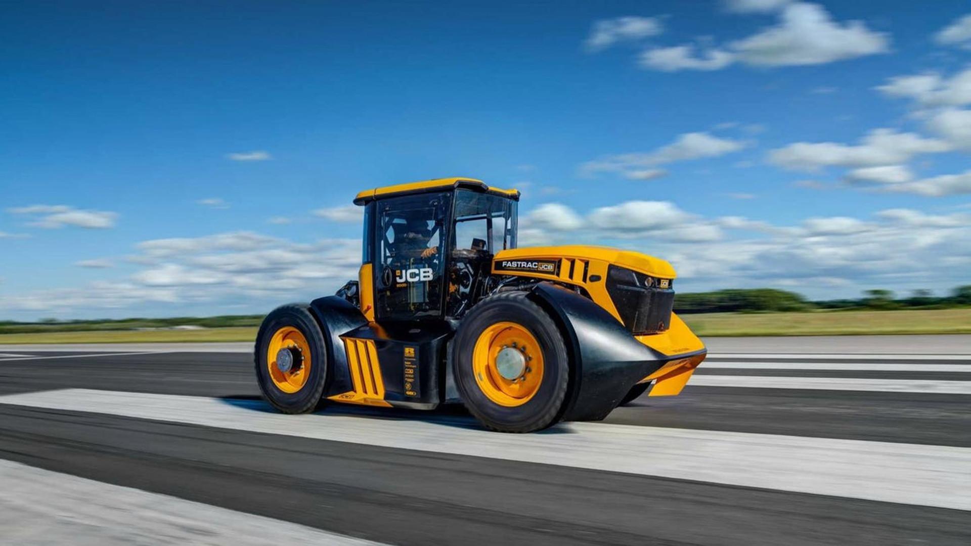 un-tractor-jcb-consigue-el-record-de-velocidad-1920
