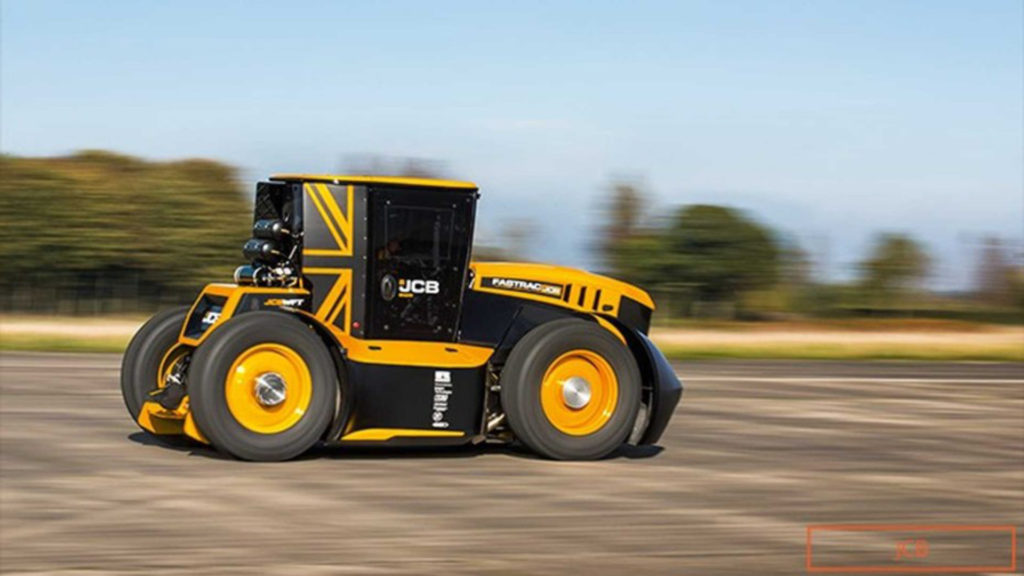 nuevo-record-guinness-de-velocidad-con-un-tractor-jcb-1920