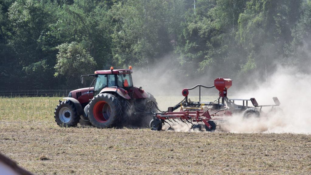 el-mantenimiento-tractor-clave-para-sector-agrario-seguro-1920