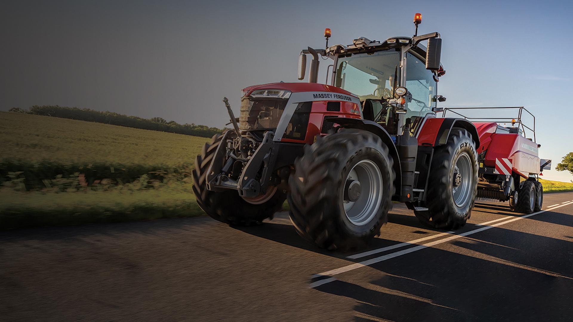 mf-8s.265-nombrado-tractor-del-ano-2021